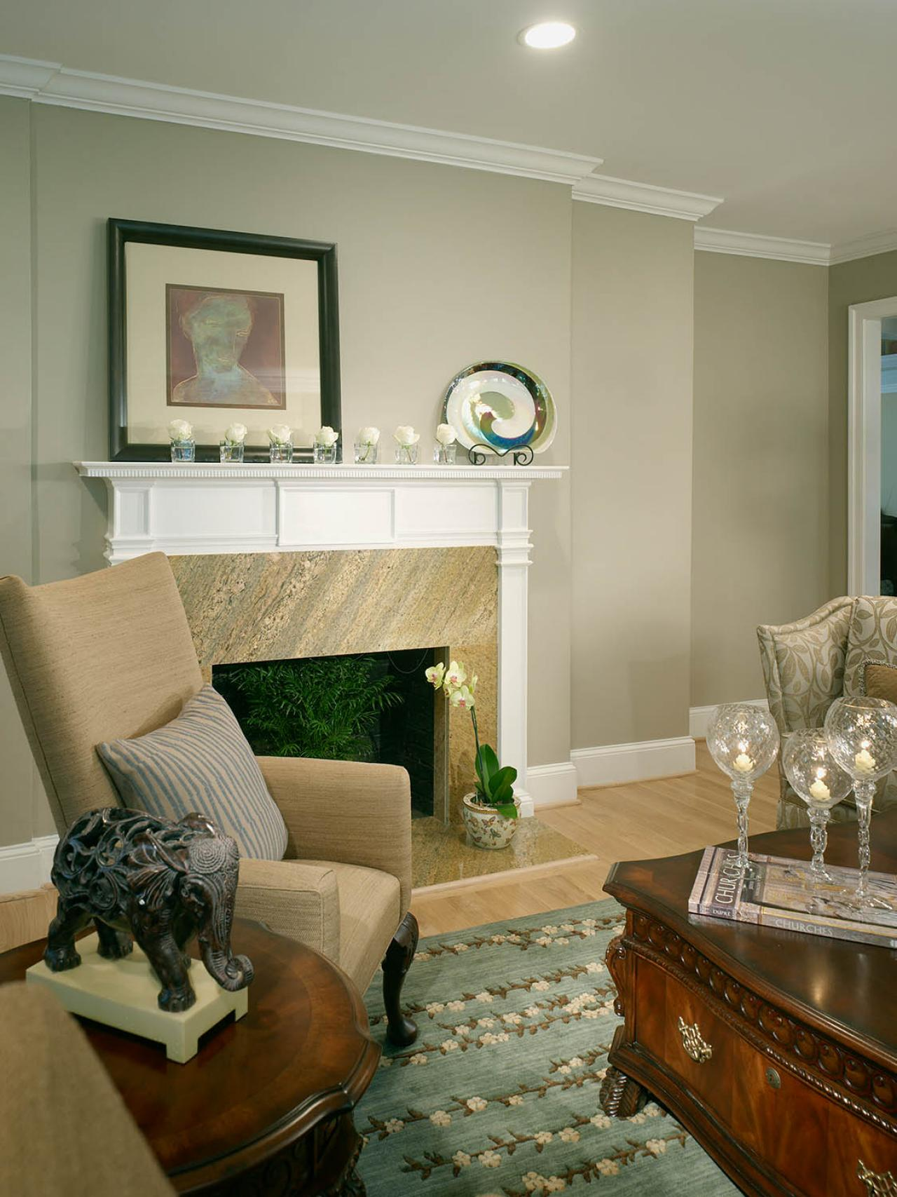 Small Living Rooms Decorating Hgtv: Traditional Neutral Living Room With Fireplace