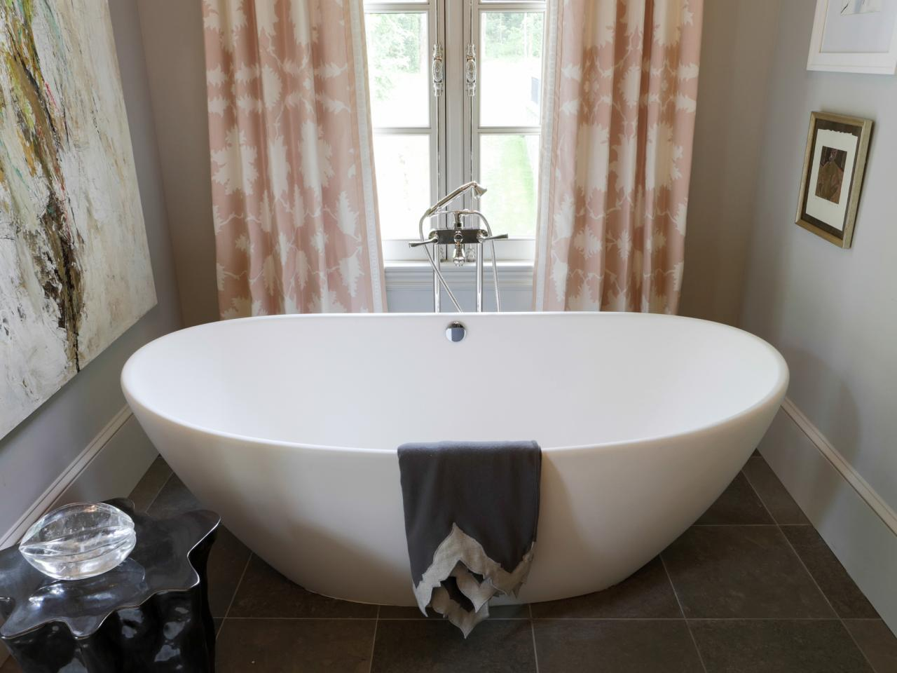 Freestanding tub options pictures ideas tips from hgtv for Bathroom ideas with tub