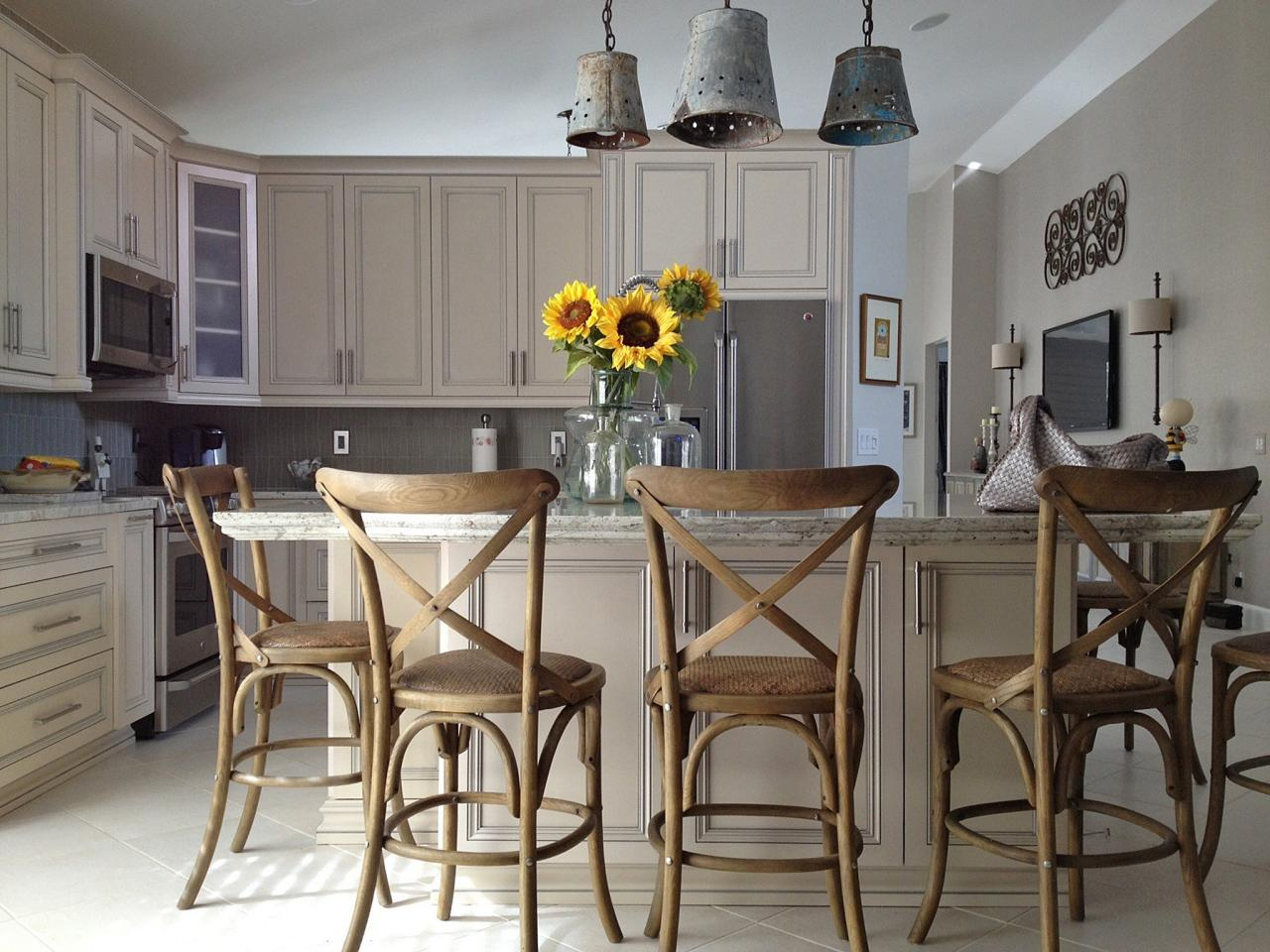 Kitchen Island Chairs: Pictures & Ideas From HGTV