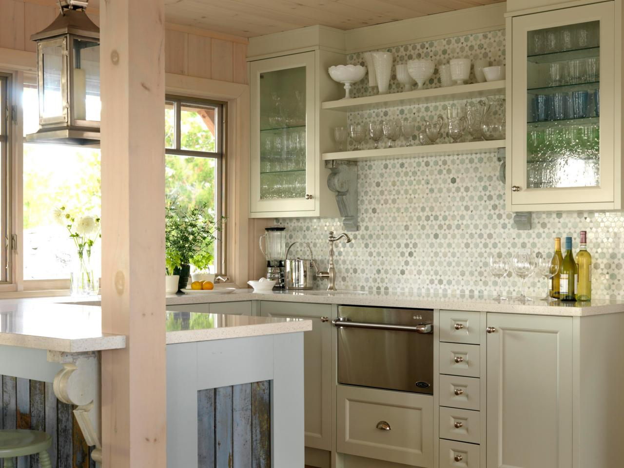 Glass kitchen cabinet doors pictures ideas from hgtv hgtv for Kitchen door with window