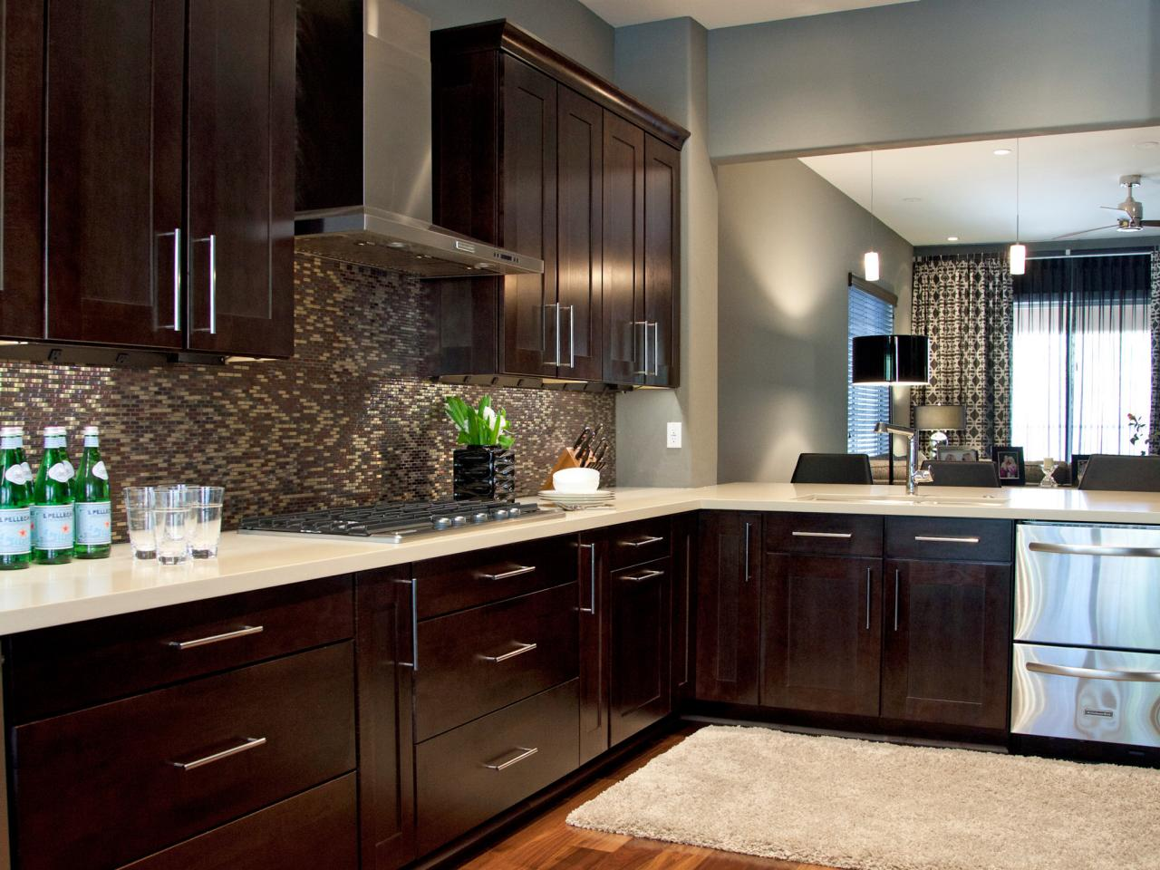 espresso kitchen cabinets pictures ideas tips from. Black Bedroom Furniture Sets. Home Design Ideas