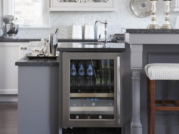 Kitchen island bars pictures ideas from hgtv hgtv for Two level kitchen island