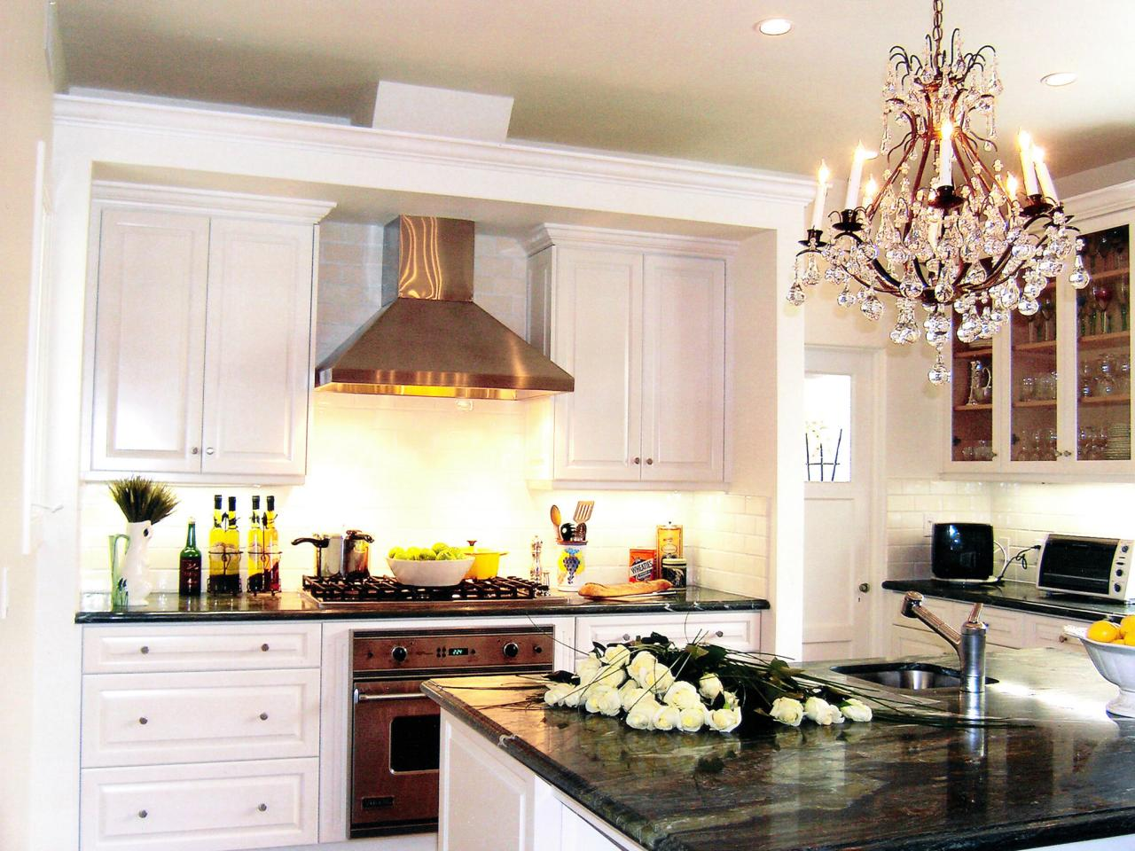 Green countertops pictures ideas from hgtv hgtv for Kitchen tradition