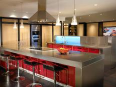 Stainless-Steel-Kitchen-Countertops_s4x3