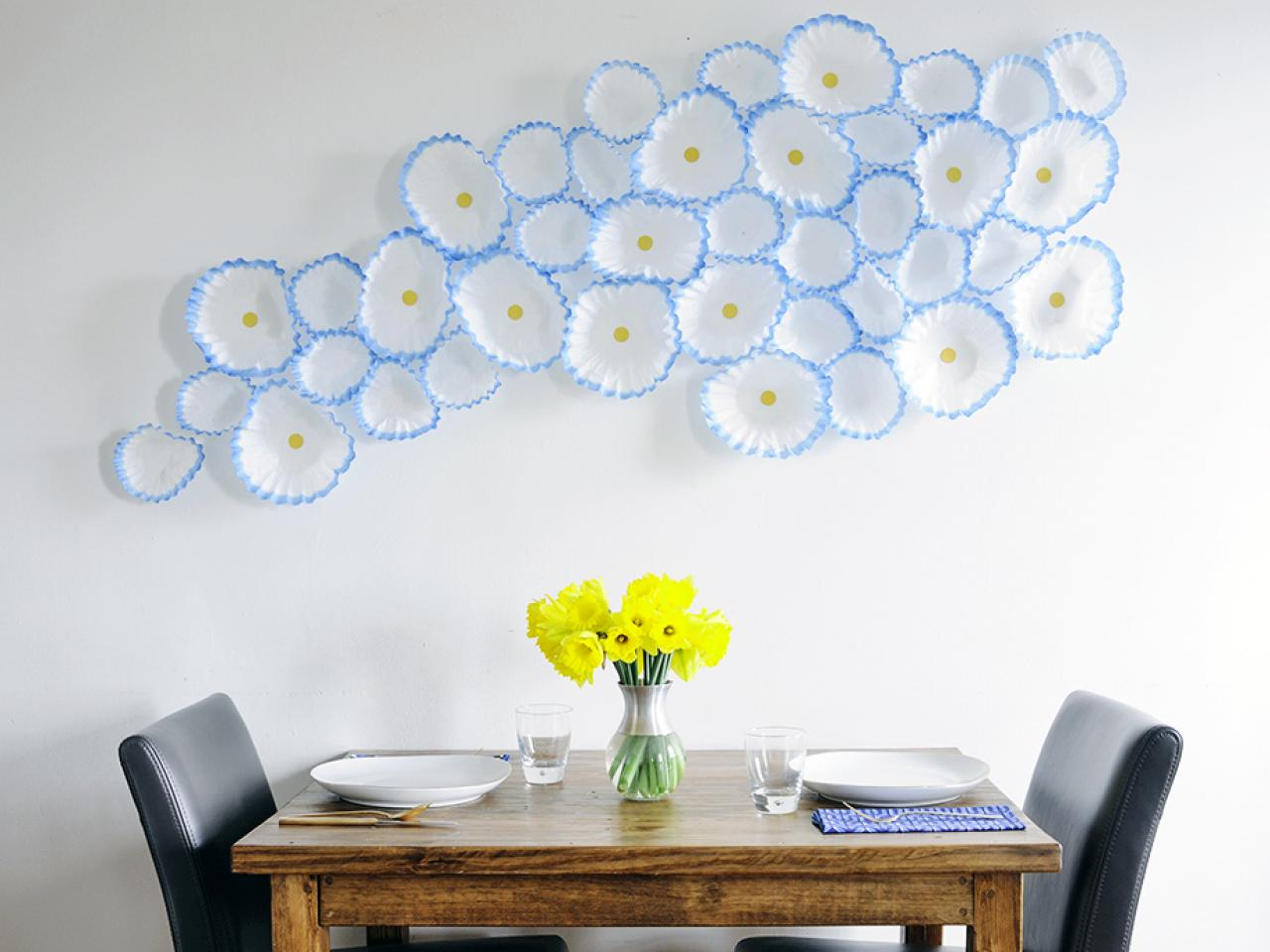 How to make floral wall art with coffee filters hgtv for Decoration murale toilette
