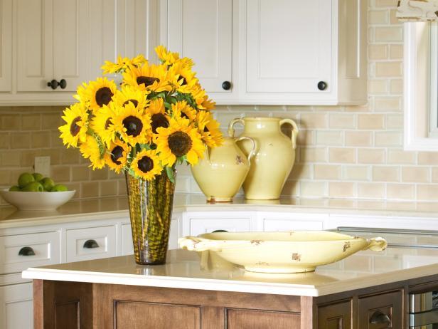 sunflower-theme-kitchen-decorating-ideas