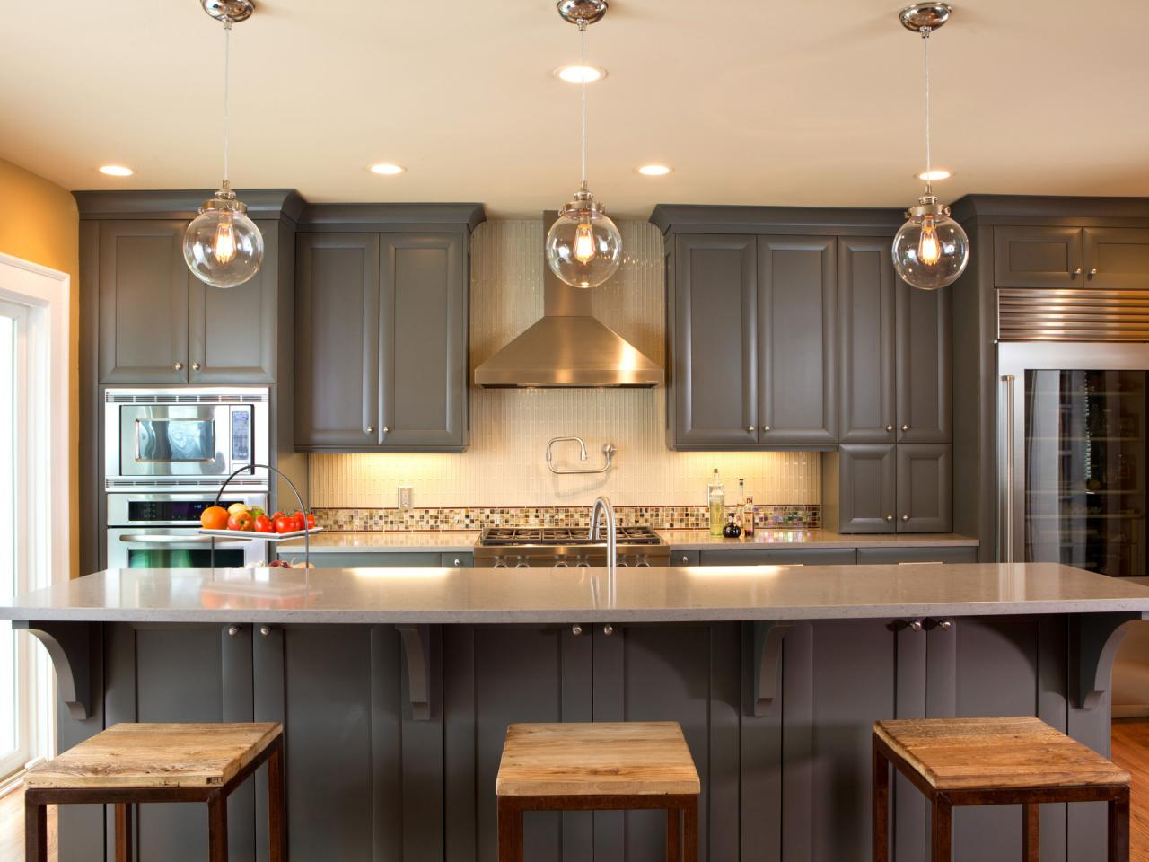Ideas for painting kitchen cabinets pictures from hgtv for Kitchen cabinet paint design ideas