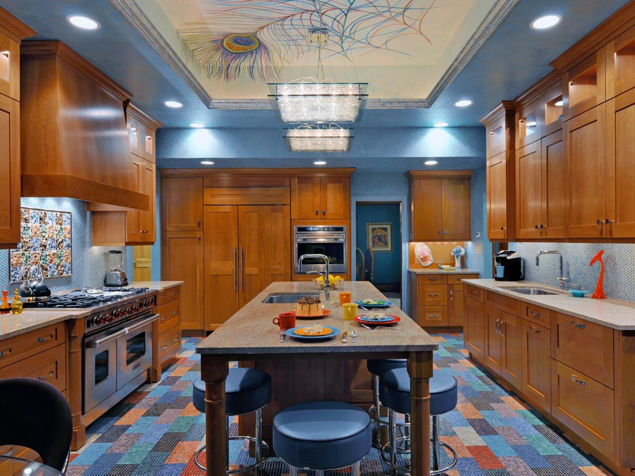 Paint ideas for kitchens pictures ideas tips from hgtv for Blue kitchen paint ideas