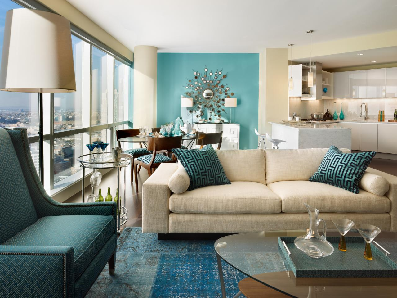 Photo page hgtv for Blue modern living room