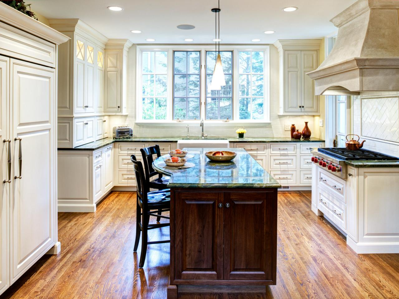 Large kitchen windows pictures ideas tips from hgtv hgtv for Kitchen ideas no window