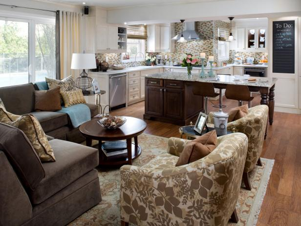 Open plan kitchen design decorating ideas hgtv for Kitchen family room combo floor plans