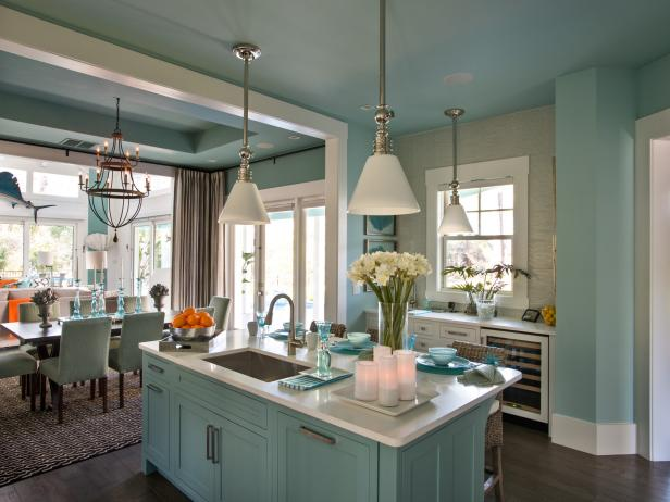Transitional Kitchen and Dining Area in Coastal Hues