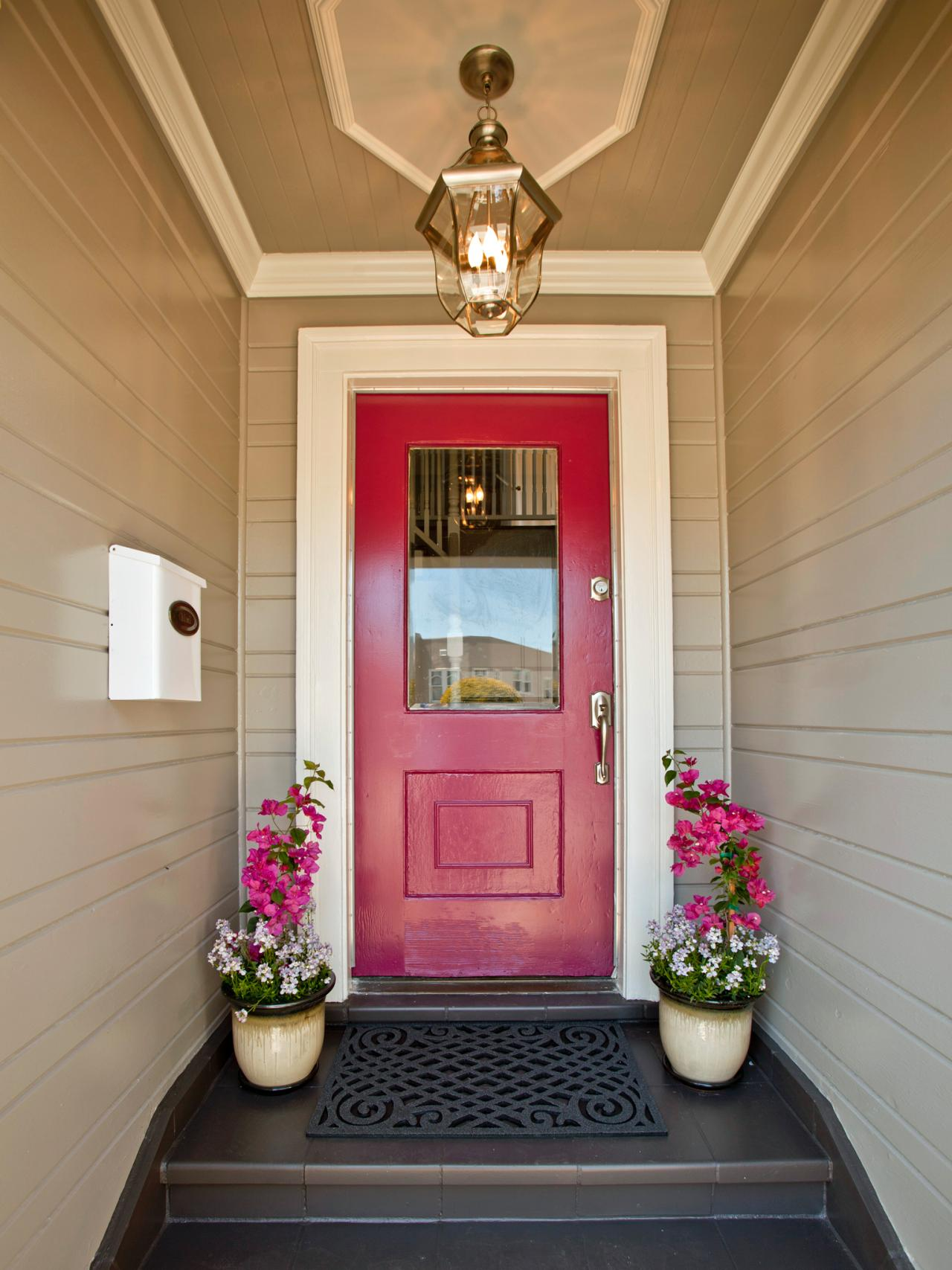 Curb appeal makeovers 15 before and after photos Curb appeal doors