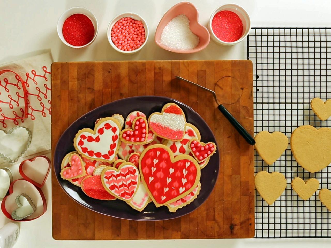 how to make sugar cookies with design