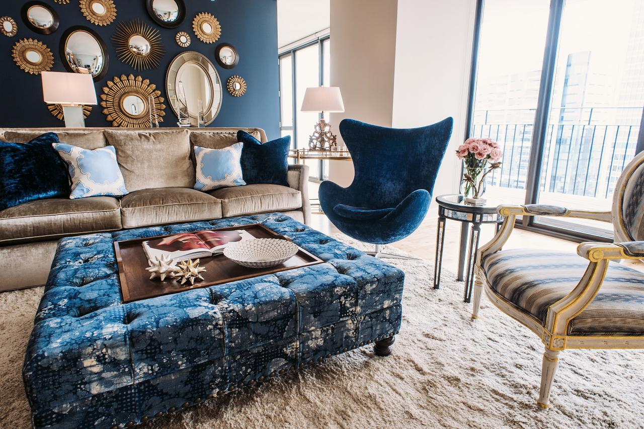 Photos hgtv for Navy blue family room