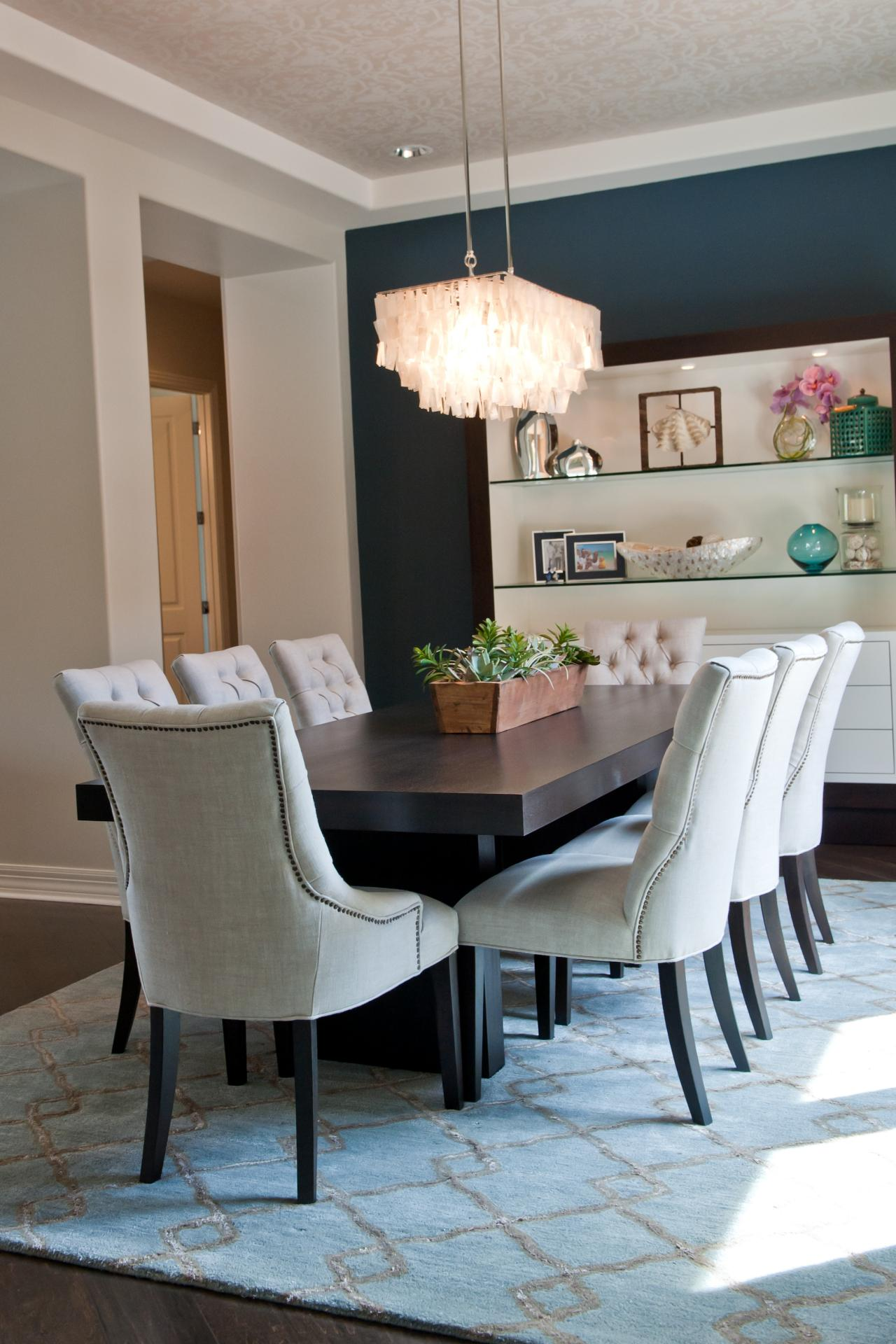 Photos hgtv for 10x10 dining room