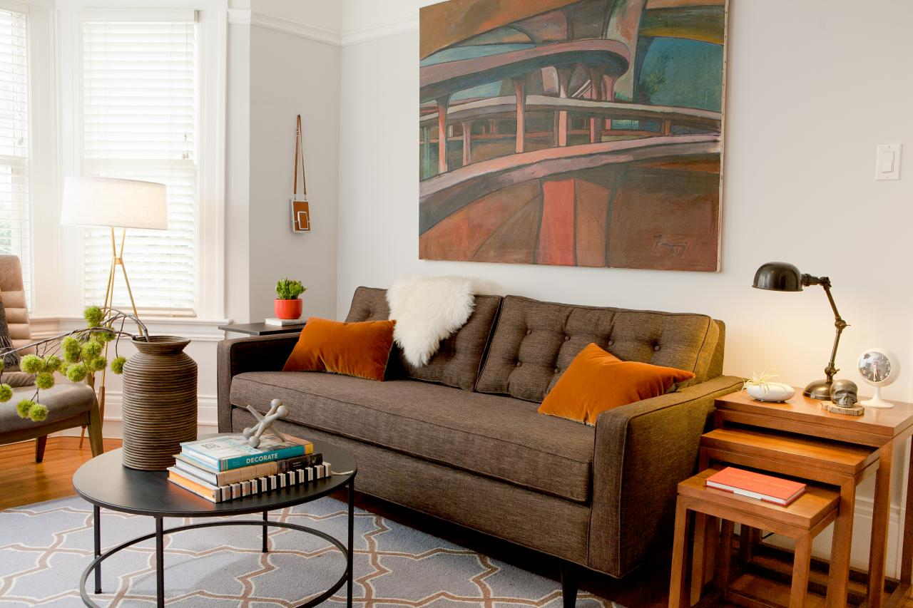 5 Stylish Apartment-Sized Sofas For The New Renter | HGTV\'s ...