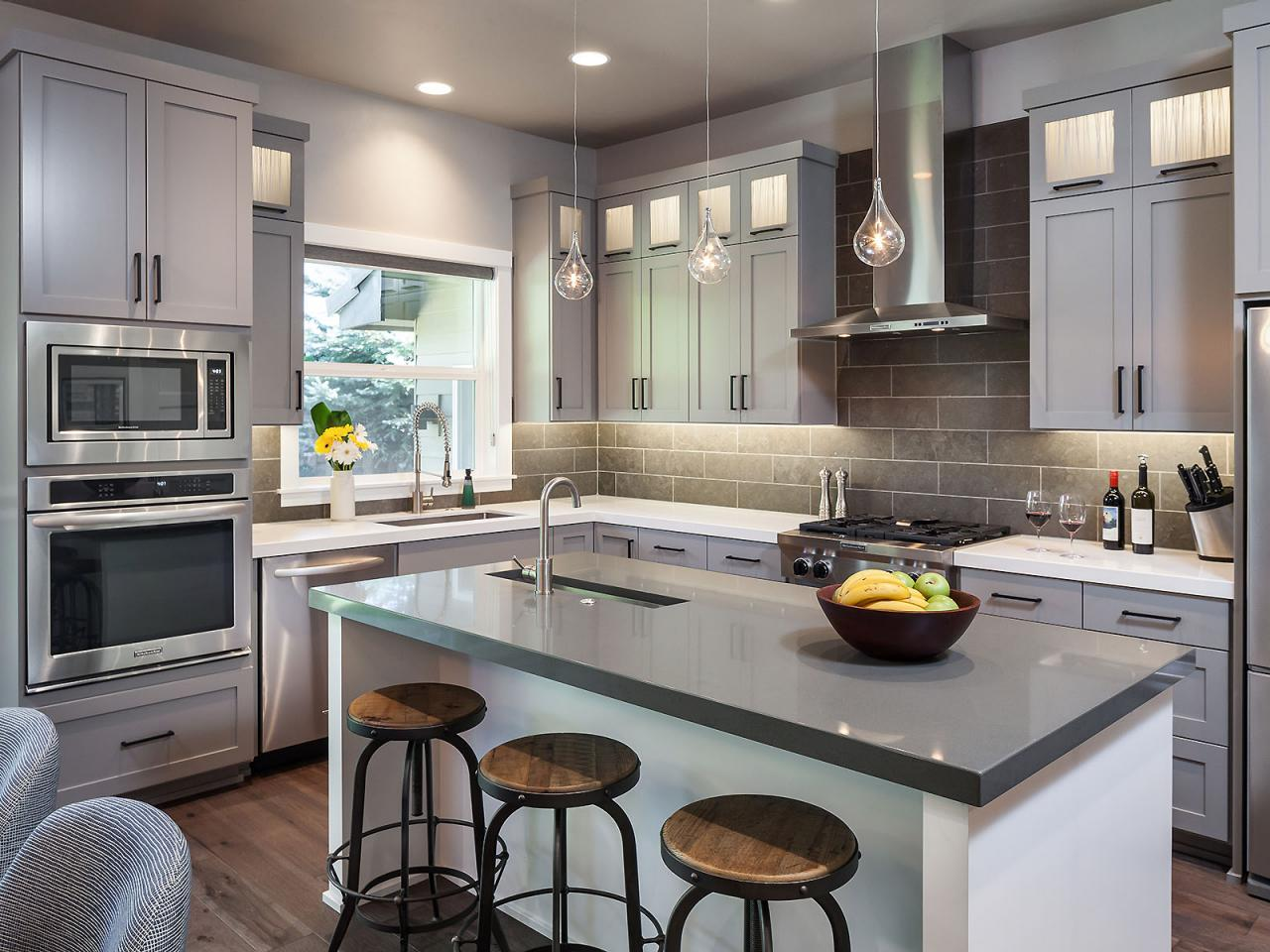Gorgeous gray kitchen 2014 hgtv for Hgtv kitchens