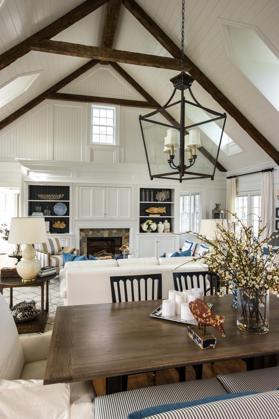 Hgtv dream home 2015 dining room hgtv dream home 2015 Dream designer homes