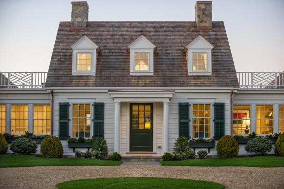 Cape Cod Home With Pea-Gravel Driveway