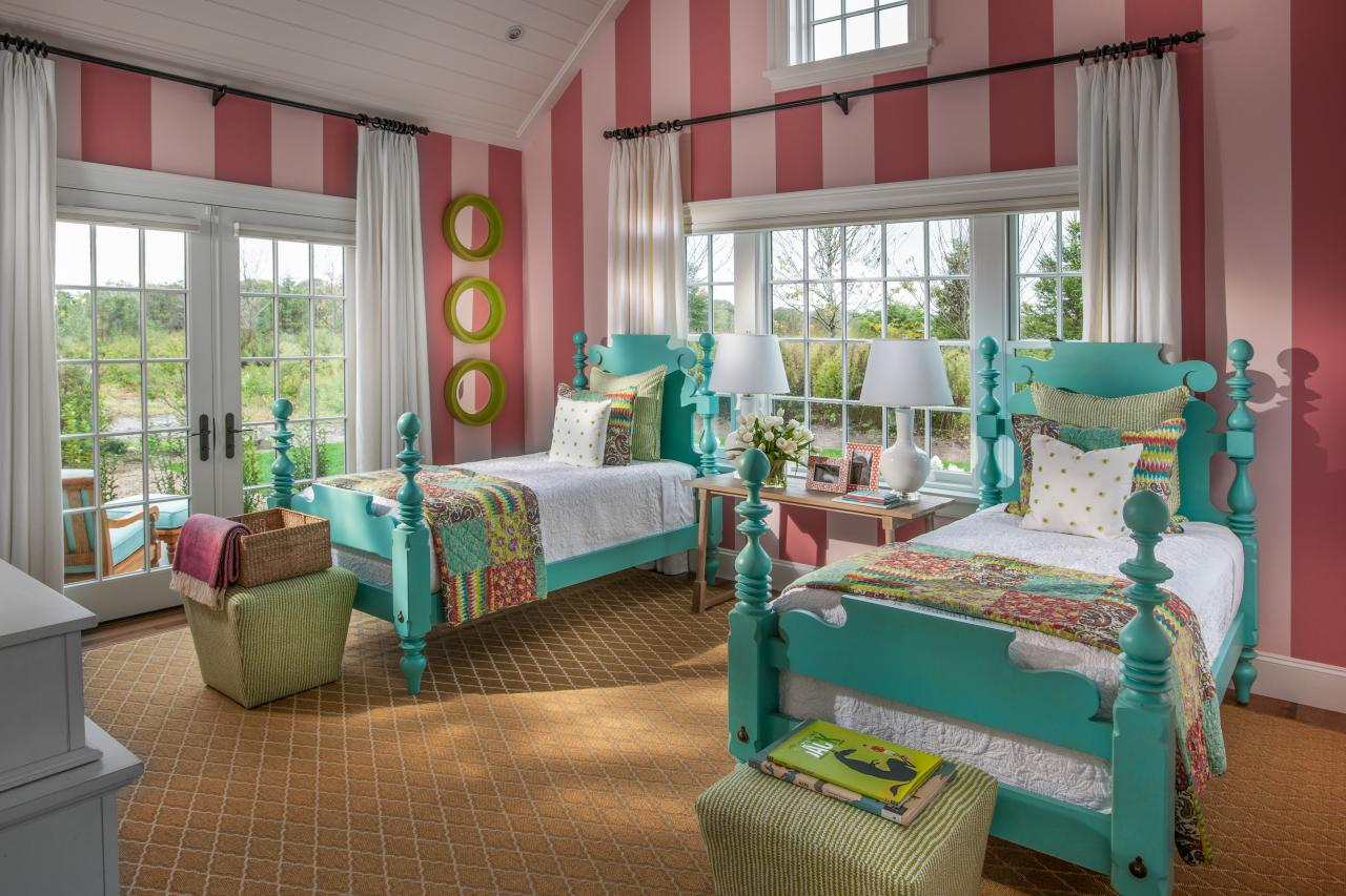Hgtv dream home 2015 kids 39 bedroom hgtv dream home 2015 hgtv - Colors for kids room ...