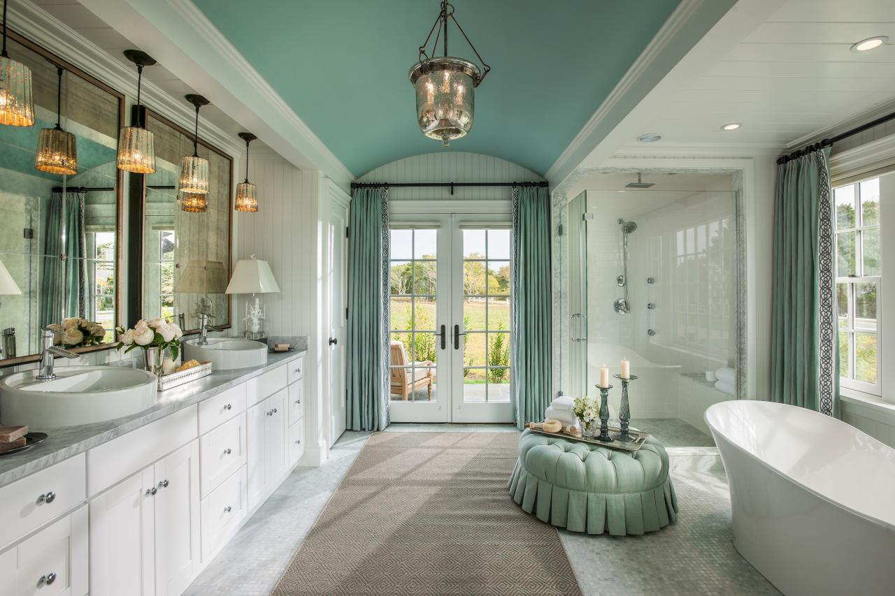 Hgtv dream home 2015 master bathroom hgtv dream home for Dream bathrooms