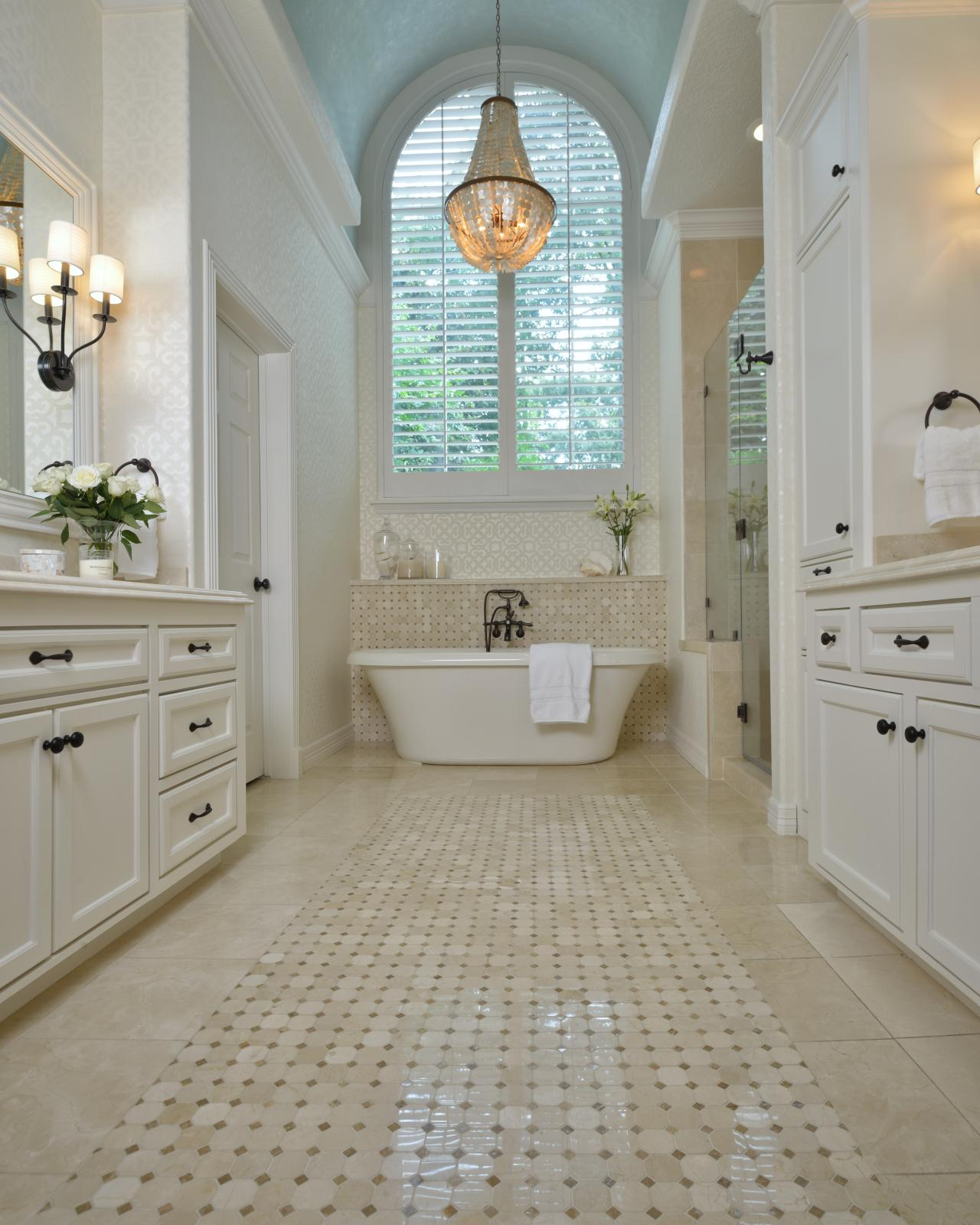 Photos hgtv Master bathroom tile floor