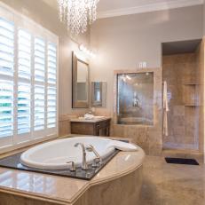 Spa-Like Bathroom With Luxurious Tub