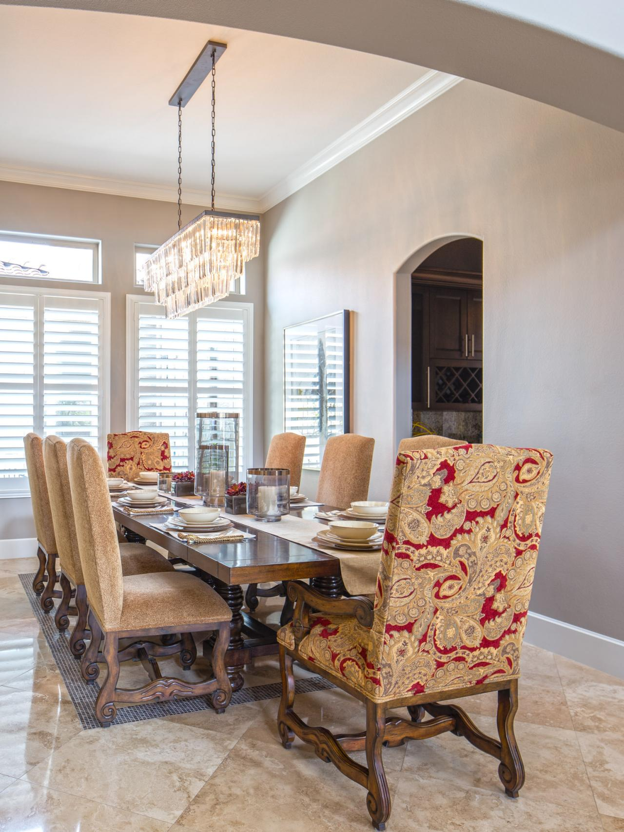 Photos property brothers at home hgtv for Dining room 101 heswall
