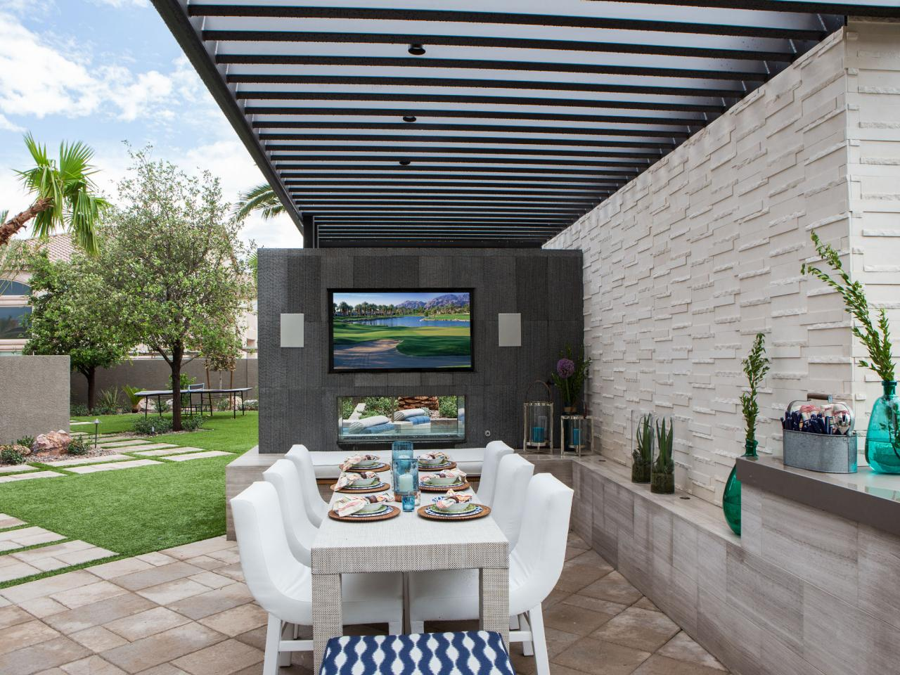 Outdoor Dining Room With Tv Hgtv
