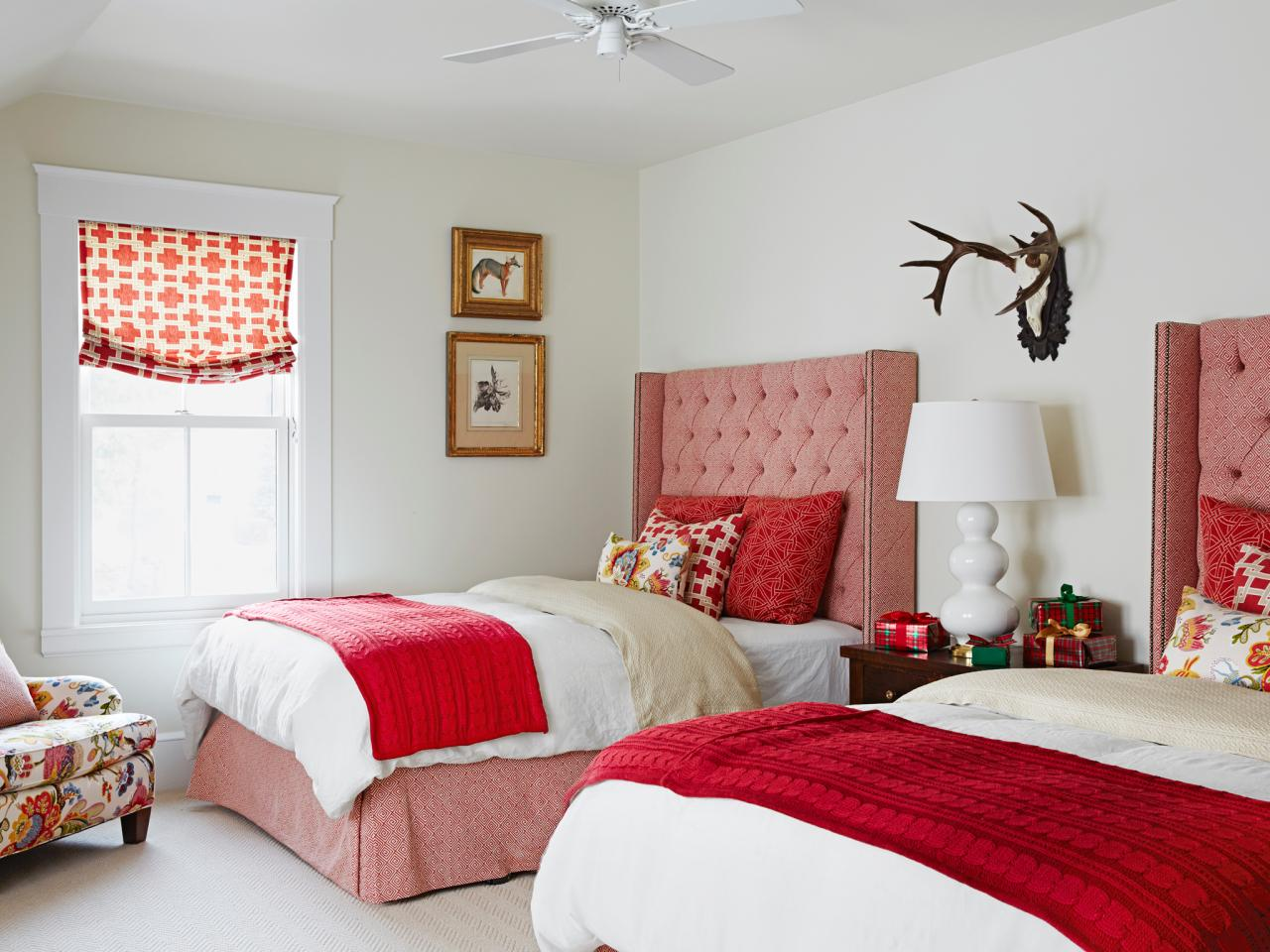 Red Bedrooms: Pictures, Options & Ideas