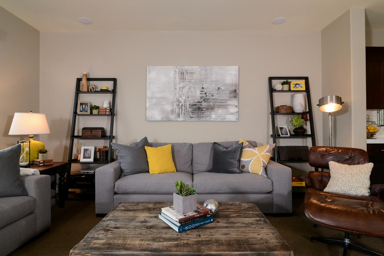 Photo page hgtv for Living room yellow and gray