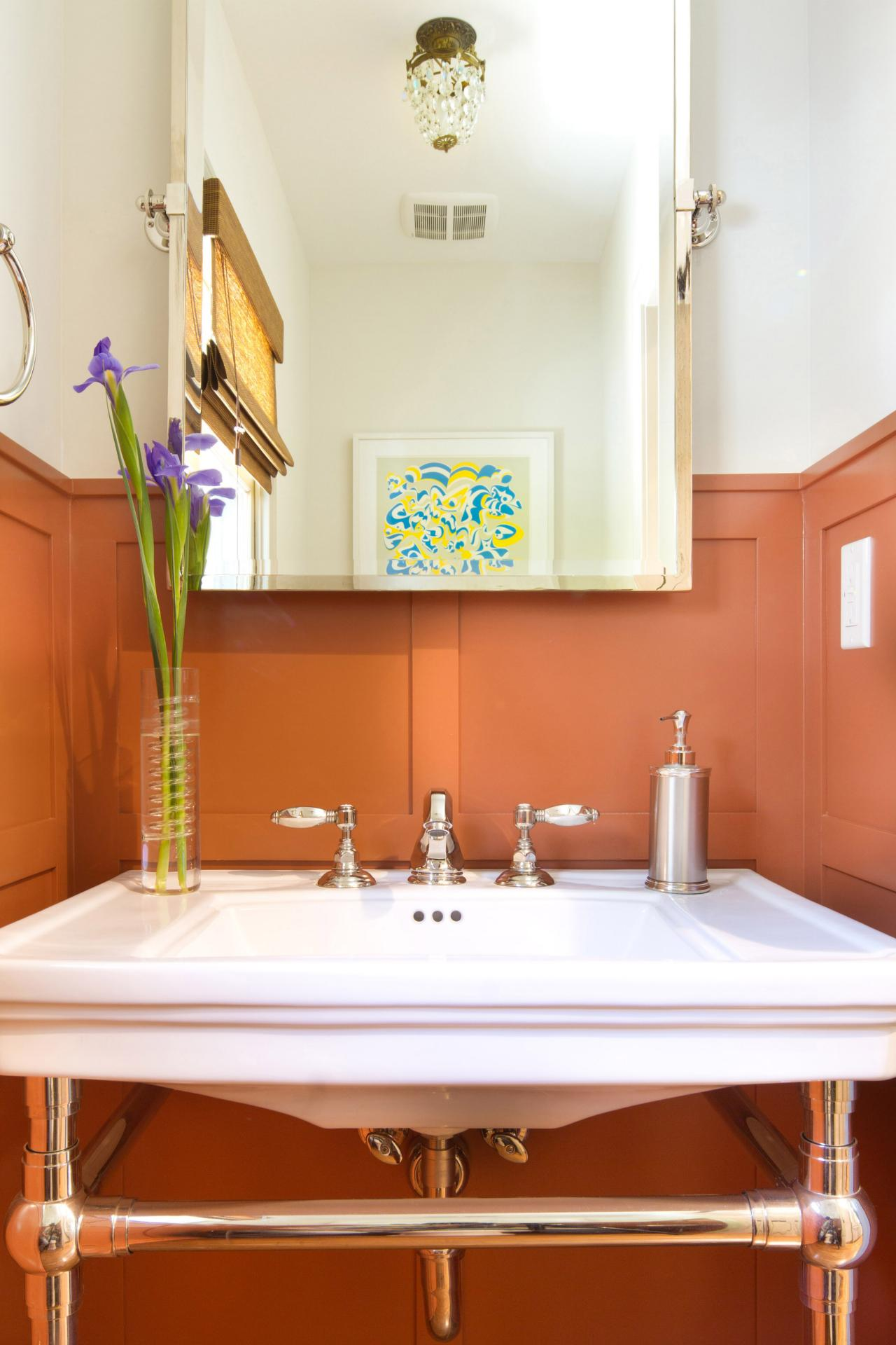 10 perfect hues for tiny bathrooms that aren 39 t white hgtv 39 s decorating design blog hgtv - Pictures of small bathrooms ...