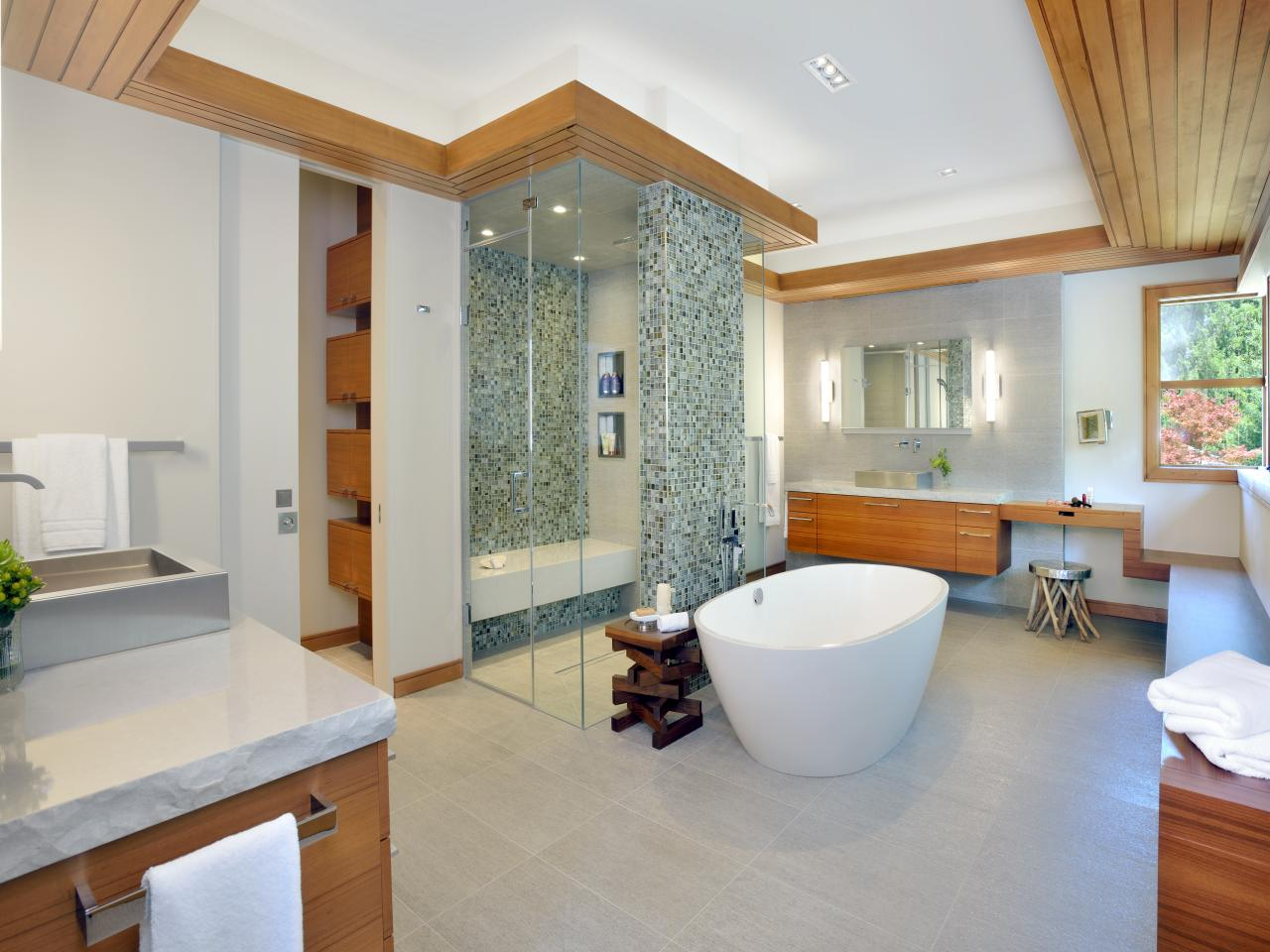 2015 nkba people 39 s pick best bathroom bathroom ideas designs hgtv - Best bathrooms designs ...