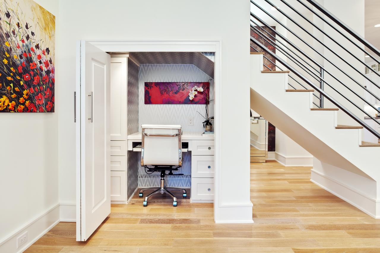 10: Stay Organized. White Contemporary Home Office ...