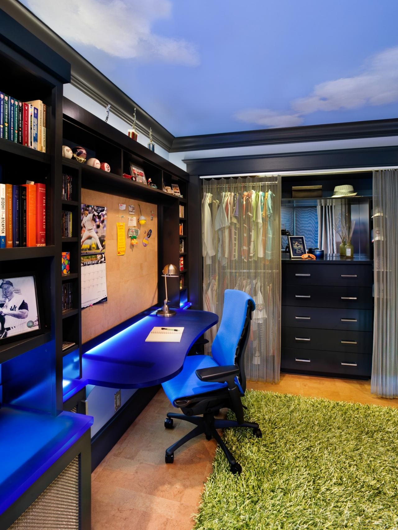 Photos hgtv Cool teen boy room ideas