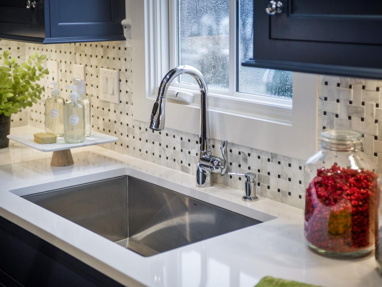 Quartz the new countertop contender hgtv What is the whitest quartz countertop
