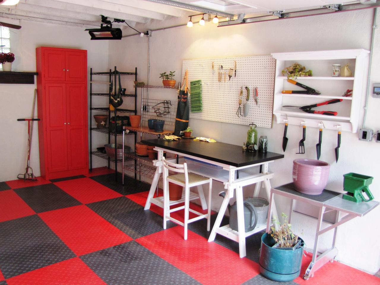 Rubber Flooring In Kitchen Where Should You Use Rubber Flooring Diy