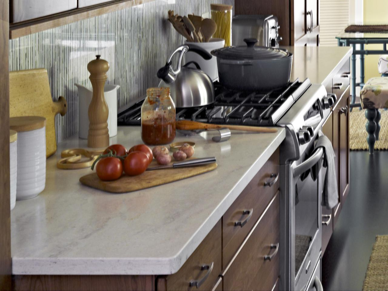 Warm Paint Colors For Kitchens Pictures Ideas From Hgtv: Color Ideas For Painting Kitchen Cabinets + HGTV Pictures