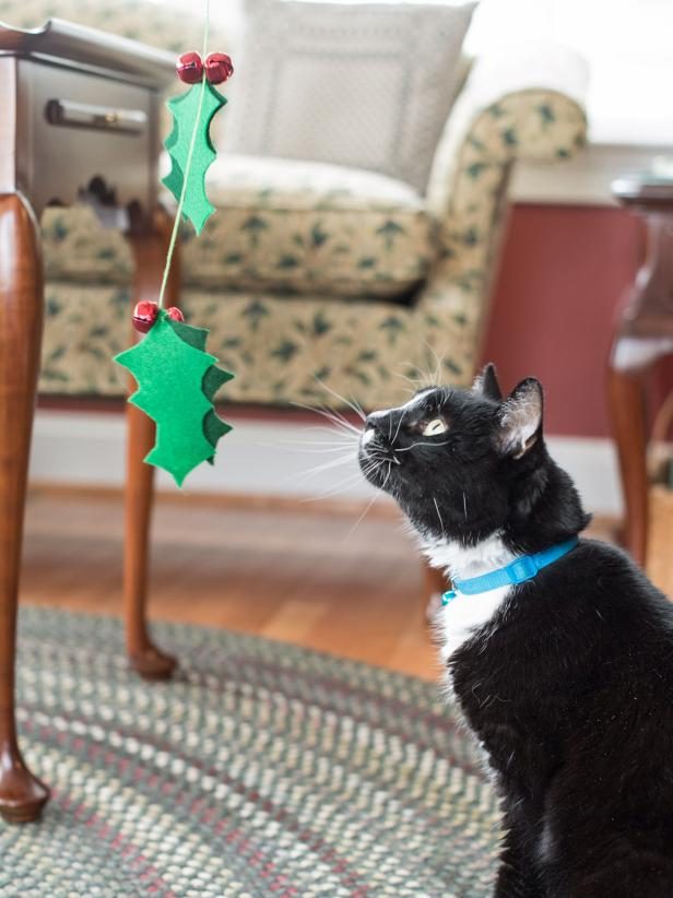 Christmas Cat Spinner Wand