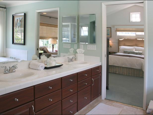 Double Vanity in Coastal-Inspired Master Bathroom