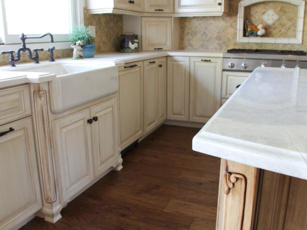 White Country Kitchen Cabinets and Farmhouse Sink