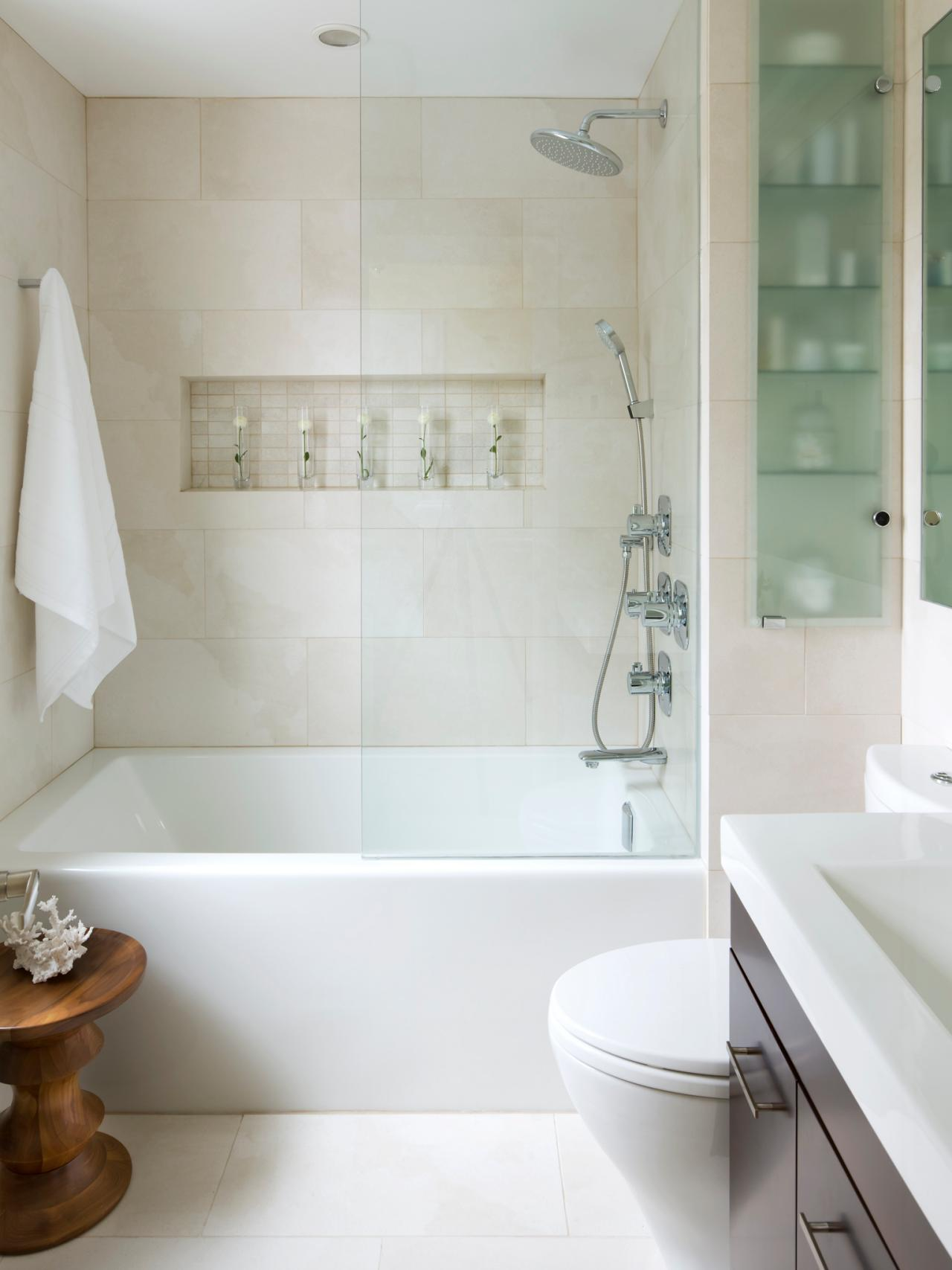 Small bathroom decorating ideas hgtv Small bathroom design with bath and shower