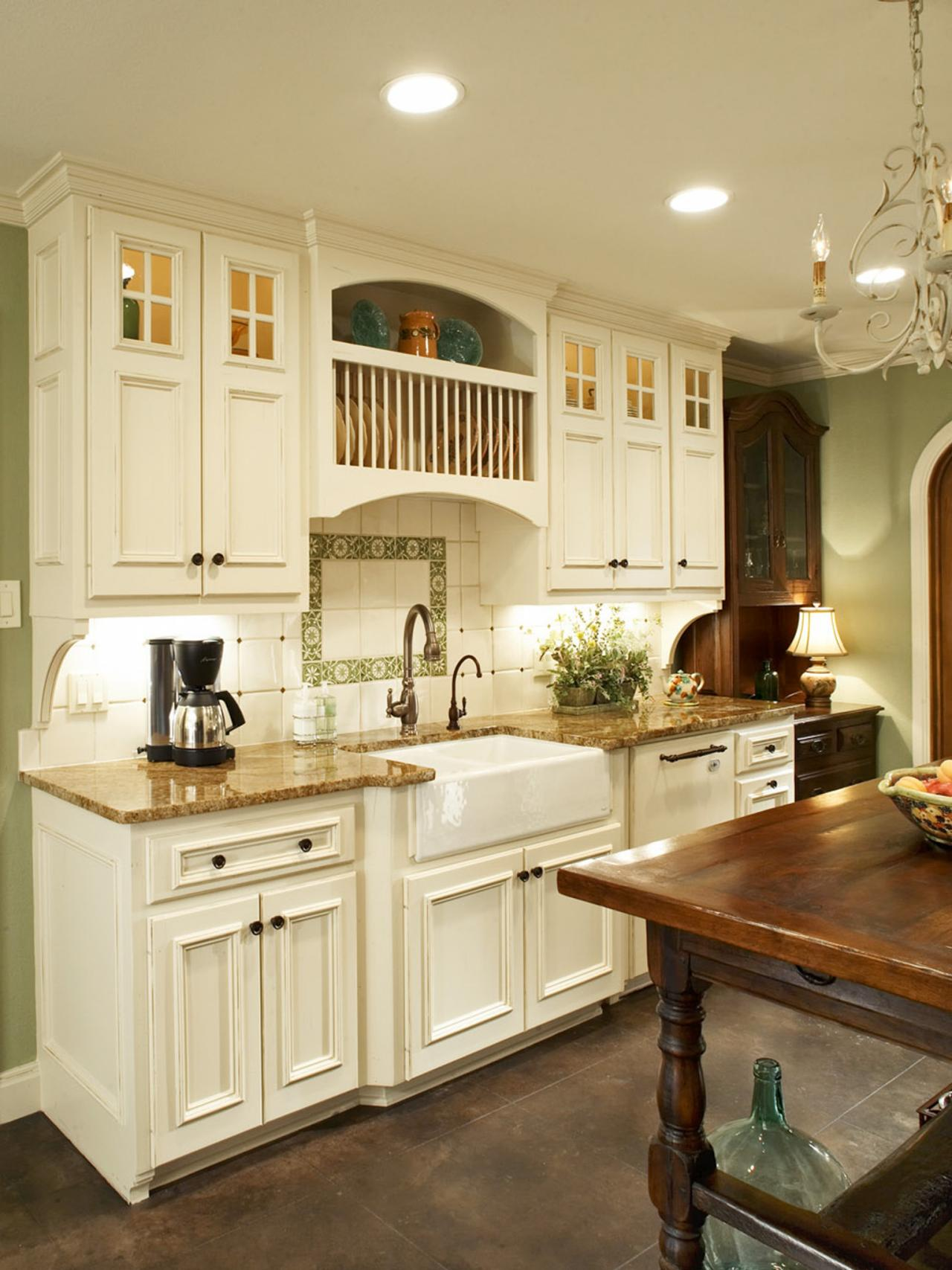 French country kitchen makeover bonnie pressley hgtv for Country kitchen cabinets