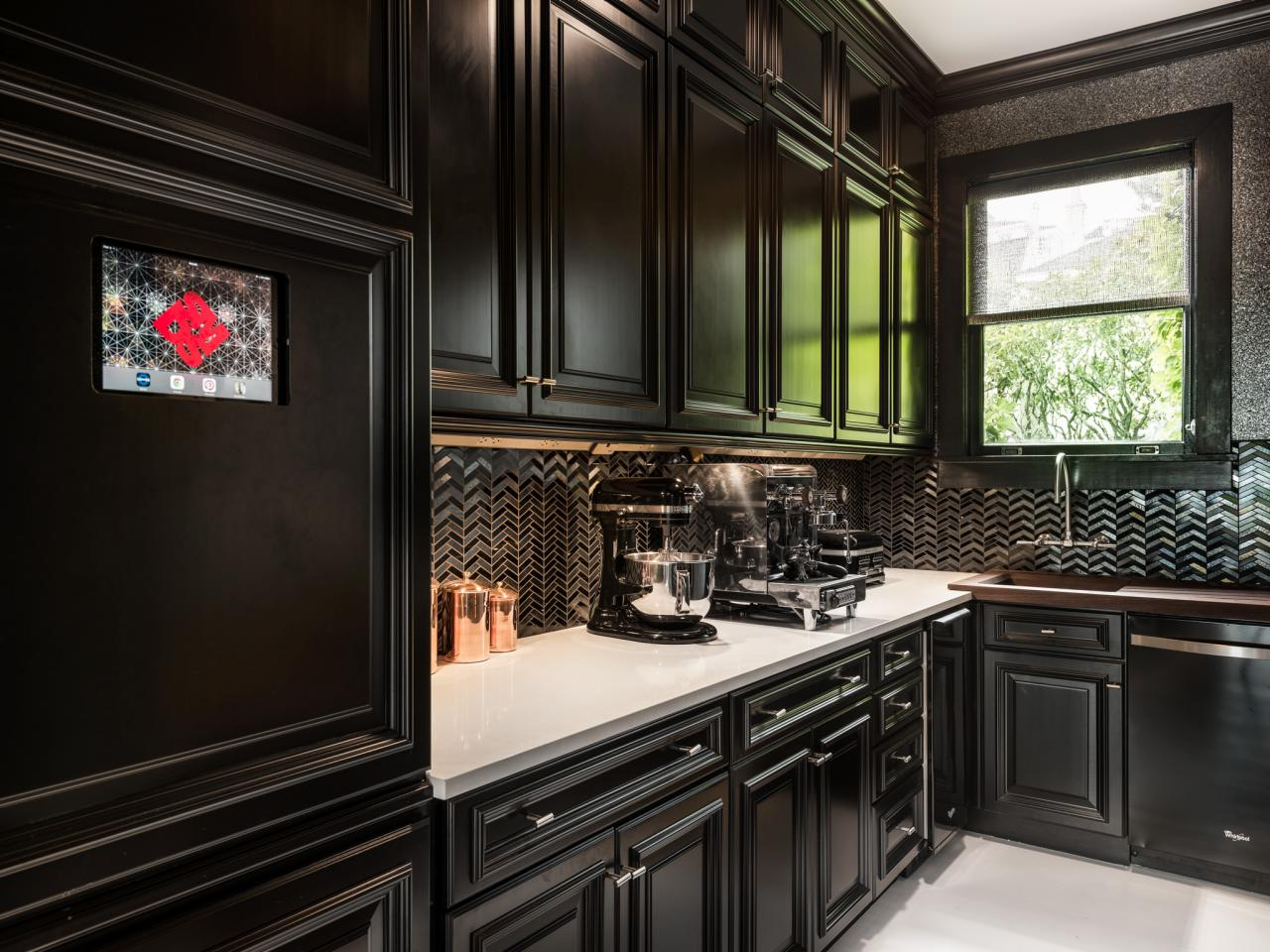 black kitchens are the new white hgtv 39 s decorating. Black Bedroom Furniture Sets. Home Design Ideas