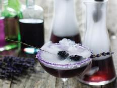 Halloween Cocktail: Mr. Hyde Potion