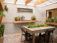 Atrium Dining Room With Herb Garden