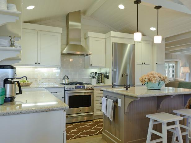 Open Cottage Kitchen With Vaulted Ceiling, Beadboard Island, Pendant Lights
