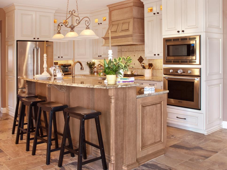 Traditional kitchen with optimal storage cyndi haaz hgtv for 4 seat kitchen island