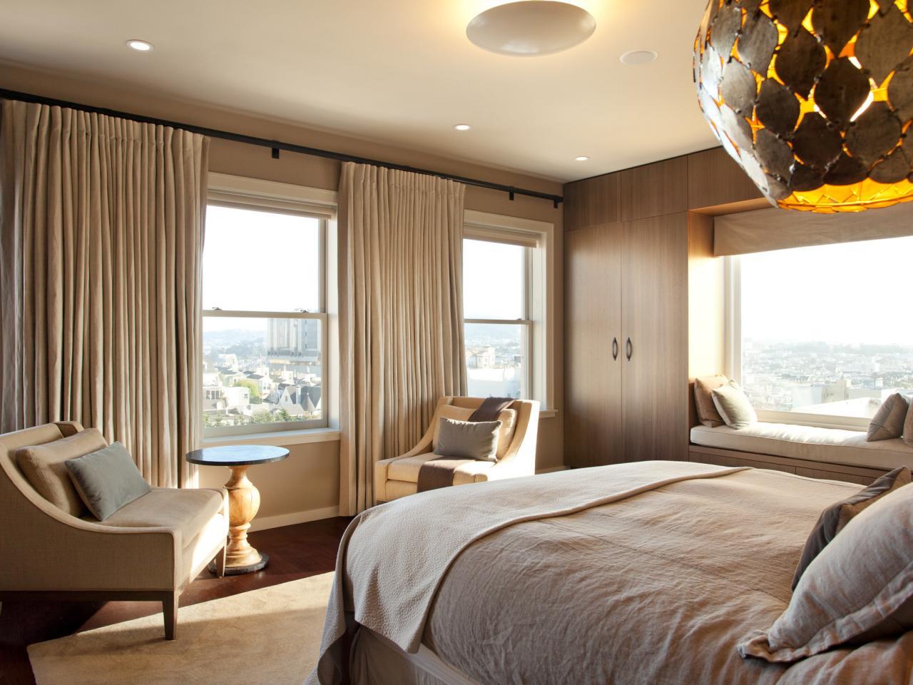 Dp gregg de meza neutral contemporary bedroom light h.jpg.rend.hgtvcom.1280.960